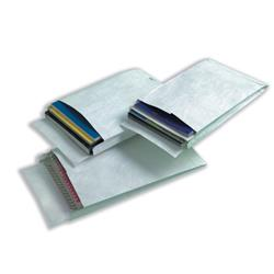 DuPont Tyvek Gusseted Envelopes Extra Capacity Strong C4 H324xW229xD20mm White Ref 774924 - Pack 100 - Claim a FREE Odeon Cinema Ticket!